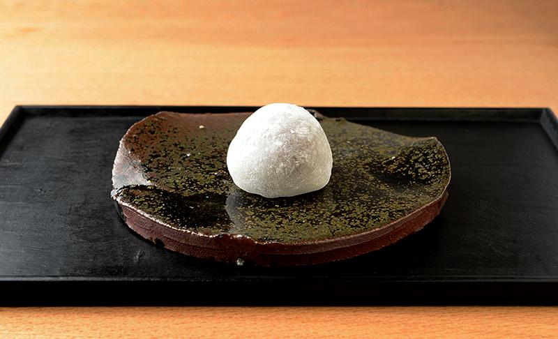 チョコレート大福(nunu chocolates x 長五郎餅本舗)